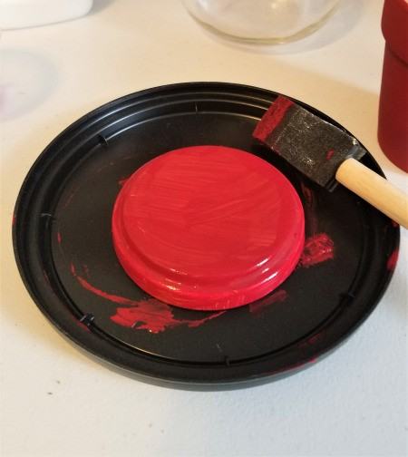 Making a Flower Pot Candy Dish - paint the lid
