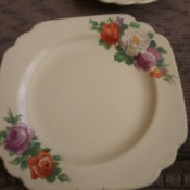 Value of Homer Laughlin Plates - rose pattern on two corners