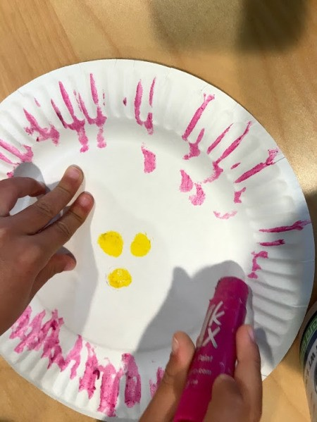 Spring Paper Plate Flower Craft - pink and yellow design