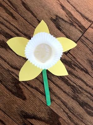 Making a Paper Daffodil - finished flower