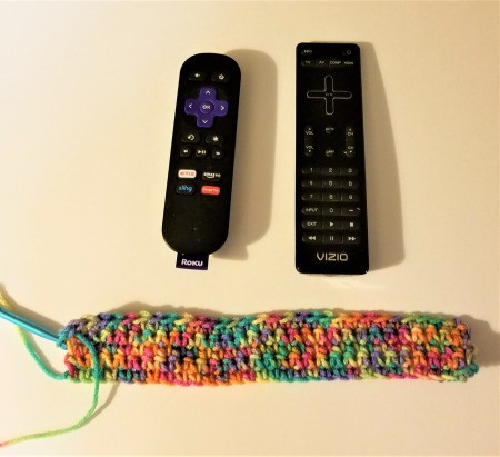 Crocheted Remote Pouch - making the crochet base stitches for pouch
