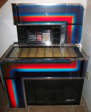 Value of a 1970s Seeburg Jukebox - jukebox with color band decoration
