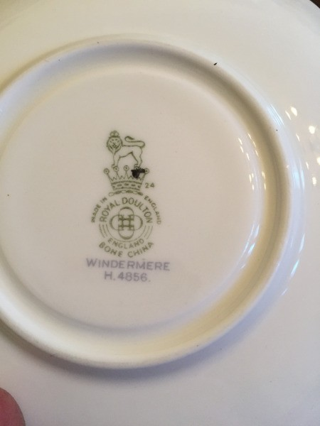 Determining the Value of Old Estate China