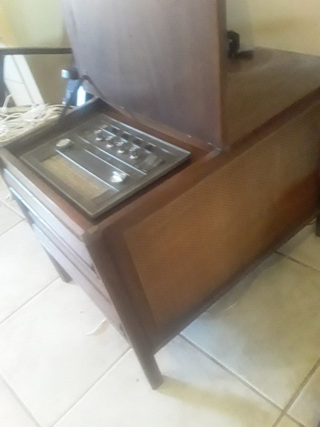 Value of a Vintage End Table with Radio and Turntable