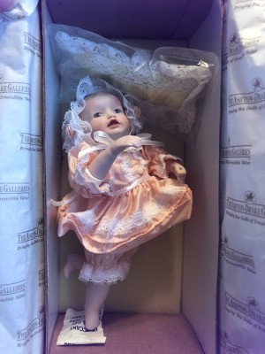 Value of 10th Anniversary Picture Perfect Babies - doll in box