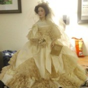 Identifying a Franklin Porcelain Doll - Victorian bride doll