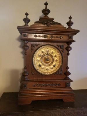 Identifying an Antique Mantel Clock