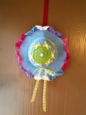 Spring Hat and Butterfly Door Hanging - hat door hanging