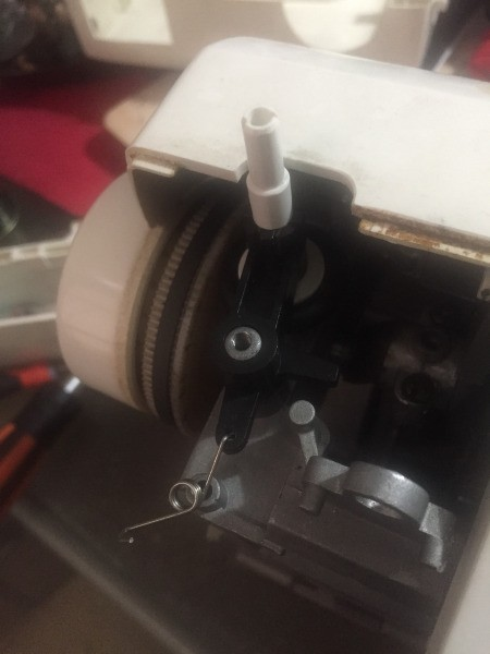Replacing the Bobbin Winder on a Toyota RS2000 Machine
