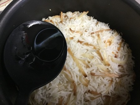 finished rice & noodles in pan