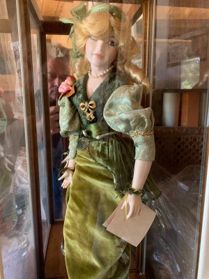 Value of a French Porcelain Doll - doll in case