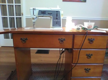 Repairing a Singer Touch and Sew 625 - sewing machine on top of desk