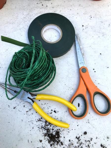 Make Your Own Houseplant Trellis - supplies