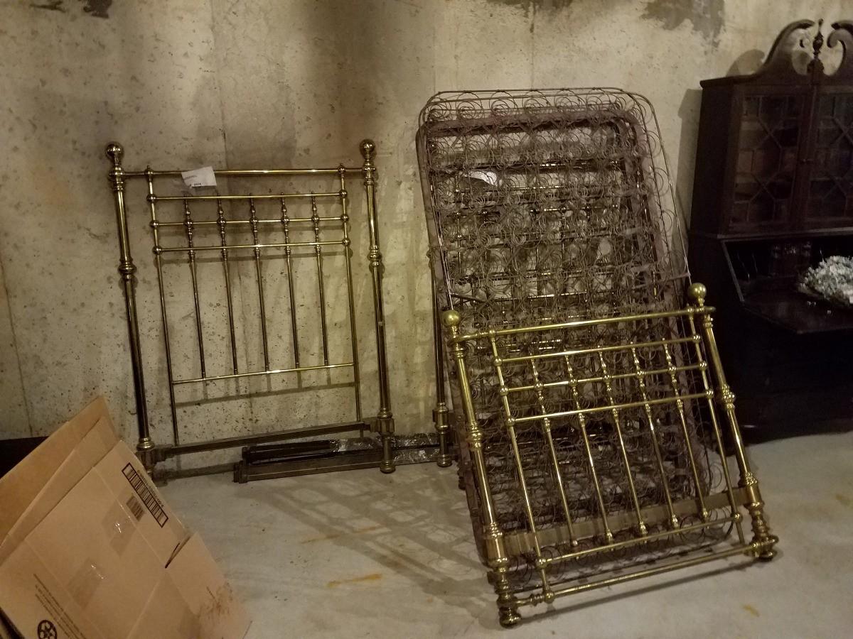 Antique Brass Bed Information Thriftyfun