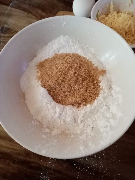 mix sugar & rice flour