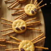 Spider Crackers for Halloween