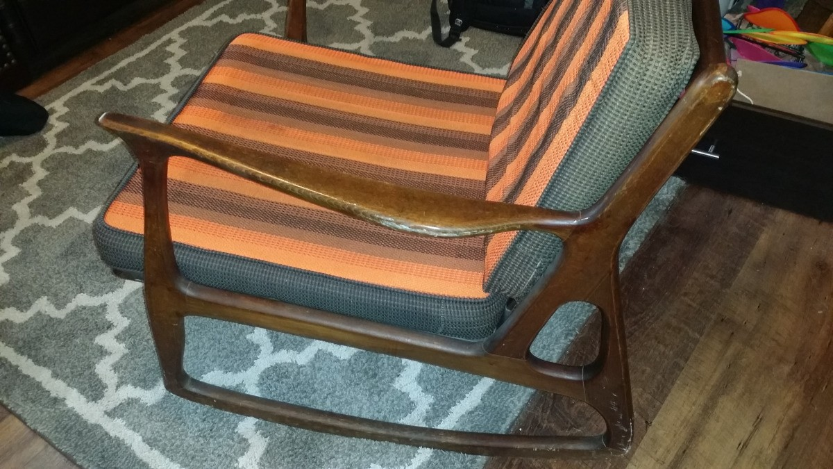 Prime Value Of A Danish Style Mid Mod Rocking Chair Thriftyfun Lamtechconsult Wood Chair Design Ideas Lamtechconsultcom