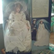 Value of Prince Charles and Lady Diana Wedding Dolls - Diana doll in the box