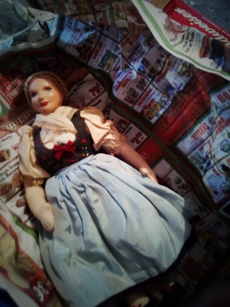 Identifying Porcelain Dolls