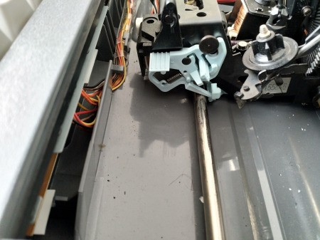 Repairing a Smith Corona SL575 Typewriter