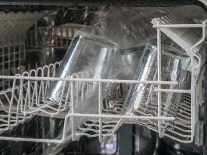 dishwashing powder that won't etch glass