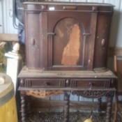Identifying Vintage Furniture - hutch style cabinet in need of repair