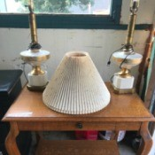 Identifying Antique Lamps - white and gold finish table lamps