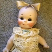 Identifying a Porcelain Doll - old looking porcelain doll