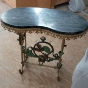 Identifying an Antique or Vintage Table - ornate table