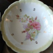 Value of a Homer Laughlin Large Serving Bowl - bowl with lovely rose pattern in middle