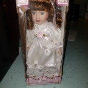 Value of a Wal-Mart Memories Porcelain Doll - doll in the box