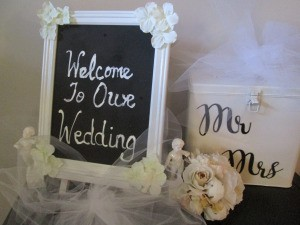 A chalkboard celebrating a wedding.