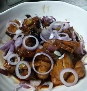 Fish in Tausi in bowl