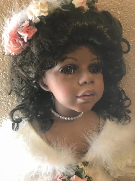 Identifying William Tung Porcelain Dolls