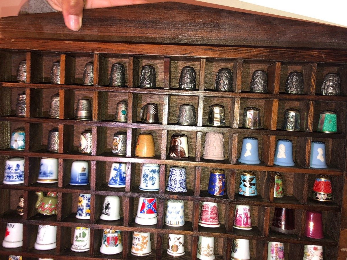 Finding the Value of Collectable Thimbles | ThriftyFun