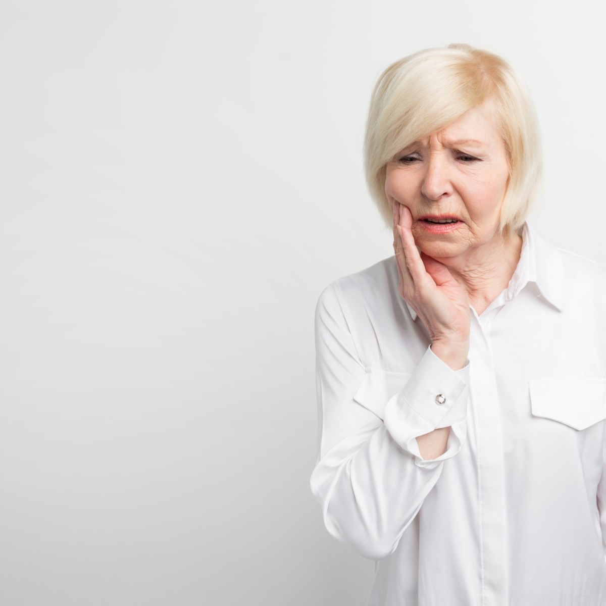 Remedies For Pain From Wearing Dentures
