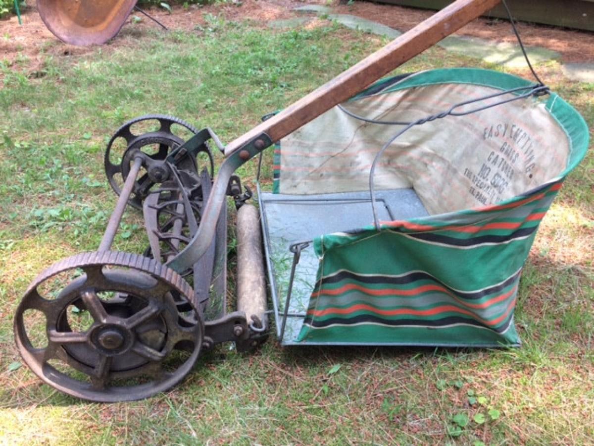 Identifying an Old Reel Mower | ThriftyFun