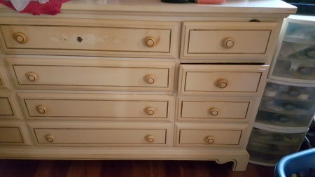 Value of Dixie Furniture Company Dressers