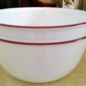 Bowls Are Stuck Together - two Corelle bowls stuck together