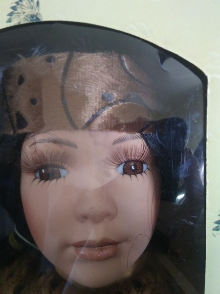 Value of a Kinnex Porcelain Doll