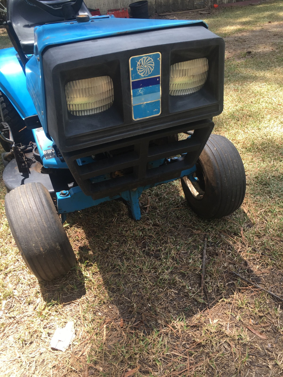 Value Of An Old Lowes Yard Tractor By Dynamark Thriftyfun