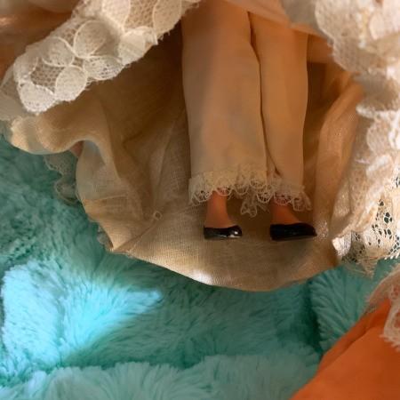 Identifying Dolls with Hard Plastic Bodies