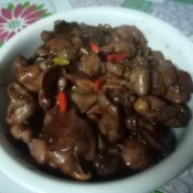 Chicken Gizzard and Liver Sizzler in bowl