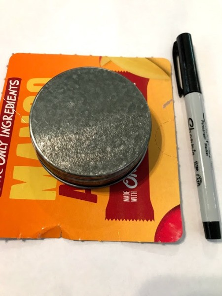 Penny Top Spinner - trace a lid to make a circle