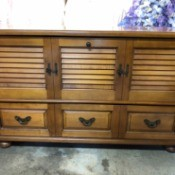 Value of a Lane Cedar Chest   - front of chest with faux louvered doors and drawers