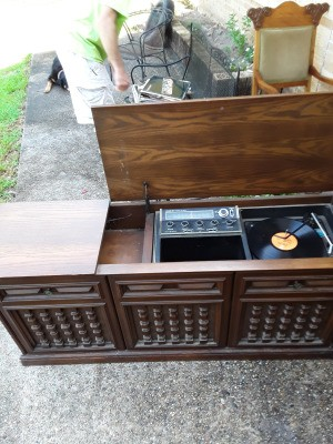 Value of a Philco Console Stereo System - lid open on the unit