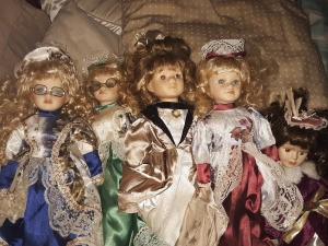 Value of Ashley Belle Porcelain Dolls- 5 dolls in fancy clothing