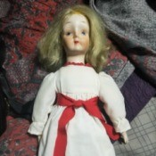 Identifying a Porcelain Doll - vintage looking doll