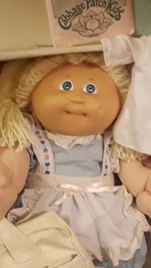 Value of a 1985 Xavier Holland Cabbage Patch Doll - blond Cabbage Patch Kid