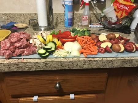 cut Sausages& vwggies on cutting board